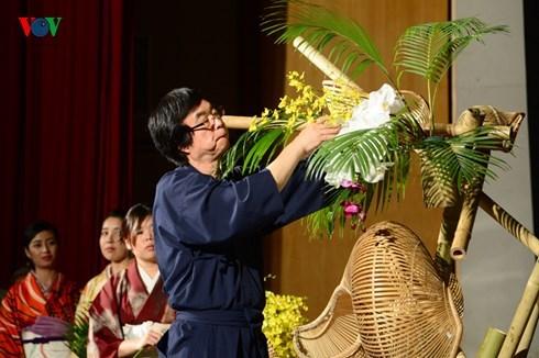 Nhịp cầu hữu nghị Việt- Nhật: Kết nối từ Hoa và Tre (30/11/2015)