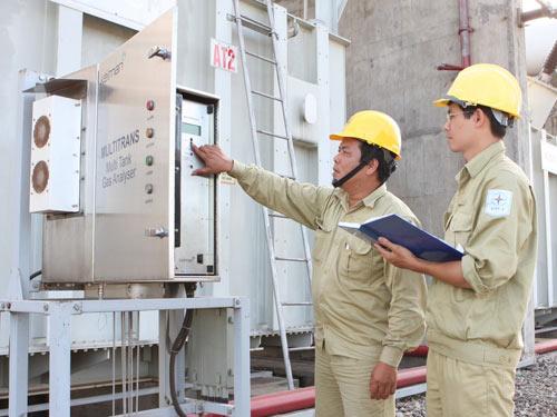 Thời sự trưa ngày 17/12/2014: Tập đoàn Điện Lực Việt Nam (EVN) lại có đề xuất tăng giá điện