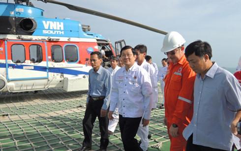 Chủ tịch nước Trương Tấn Sang chúc Tết cán bộ, nhân viên dầu khí tại mỏ Bạch Hổ và công nhân tại các khu công nghiệp ở Bà Rịa – Vũng Tàu và Đồng Nai (Thời sự chiều 09/02/2016)