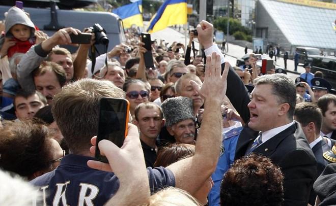 Thế giới 7 ngày, ngày 26/10/2014: Bầu cử Quốc hội ở Ucraina có làm hạ nhiệt căng thẳng chính trị ở quốc gia này