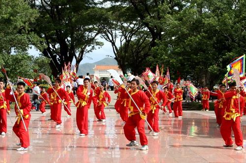 Văn hóa giải trí ngày 21/8/2014: Sức sống của nghệ thuật võ cổ truyền Bình Định trên mảnh đất Tây Sơn năm xưa.