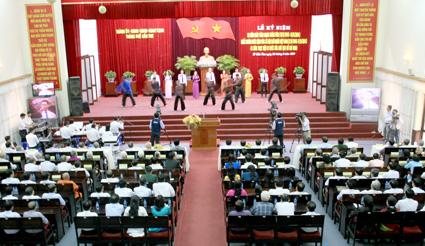 Thời sự trưa ngày 31/8/2014: Nhiều hoạt động thiết thực, ý nghĩa trên cả nước kỷ niệm 69 năm Quốc khánh 2-9;45 năm thực hiện Di chúc của Chủ tịch Hồ Chí Minh.