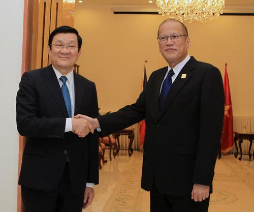 Thời sự trưa ngày 10/11/2014: Chủ tịch nước Trương Tấn Sang có nhiều cuộc tiếp xúc bên lề Hội nghị cấp cao Diễn đàn Hợp tác Kinh tế châu Á - Thái Bình Dương
