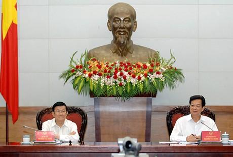 Thời sự chiều ngày 29/8/2014: Chủ tịch nước Trương Tấn Sang làm việc với Ban cán sự Đảng Chính phủ về quán triệt, triển khai kết luận 92 của Bộ Chính trị về tiếp tục thực hiện Chiến lược cải cách tư pháp đến năm 2020