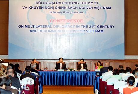 Việt Nam trong tuần ngày 16/8/2014: Việt Nam cần triển khai hoạt động đối ngoại với tư duy mới, cách làm mới và tư thế mới