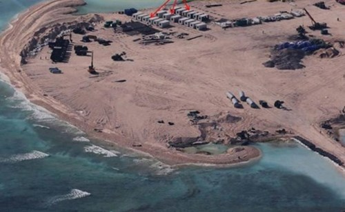 Những toan tính của Trung Quốc khi xây dựng căn cứ ở bãi đá Gạc Ma - Chữ Thập - Châu Viên thuộc quần đảo Trường Sa của Việt Nam.