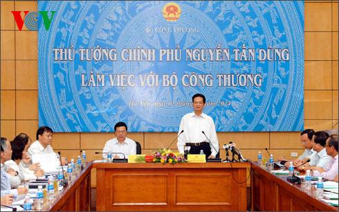 Thời sự đêm ngày 02/10/2014: Thủ tướng Nguyễn Tấn Dũng đề nghị: Ngành Công thương cần quan tâm hoàn thiện thể chế kinh tế thị trường để thị trường cạnh tranh hơn, minh bạch hơn và bình đẳng hơn