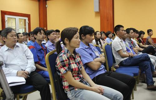 Pháp luật và đời sống ngày 22/7/2014: Công tác tuyên truyền pháp luật ở Hà Nội gắn với xử lý vi phạm