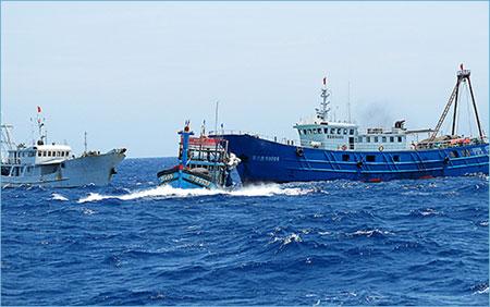 Việt Nam trong tuần ngày 14/6/2014: Trung Quốc gia tăng hành vi gây hấn, Việt Nam vẫn bình tĩnh, kiên trì đấu tranh bảo vệ chủ quyền biển đảo tổ quốc