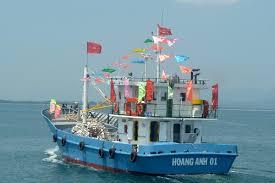 Giải pháp nào để chương trình tín dụng cho ngư dân đóng tàu sắt hiệu quả. Đây là nội dung được đề cập trong Chương trình Theo dòng thời sự phát sóng trực tiếp lúc 7h15 ngày 18/6/2014