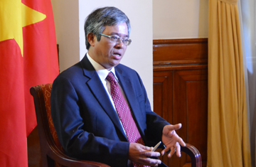Thời sự đêm ngày 10/8/2014: Phỏng vấn Thứ trưởng Bộ Ngoại giao Phạm Quang Vinh về kết quả Hội nghị Bộ trưởng ngoại giao ASEAN.