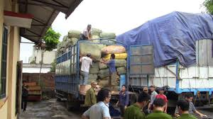 Thời sự sáng ngày 03/11/2014: Bắt giữ hơn 100 tấn hàng lậu tại tỉnh Quảng Ninh trị giá hàng chục tỷ đồng