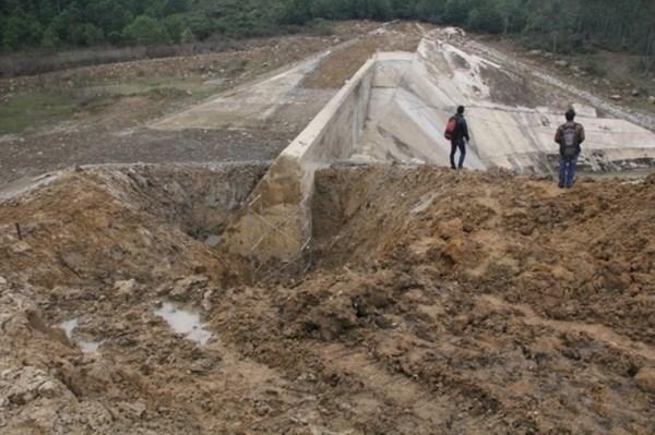 Theo dòng thời sự 04/8/2014: Nguy cơ xuống cấp công trình thủy lợi trong mùa mưa bão năm nay