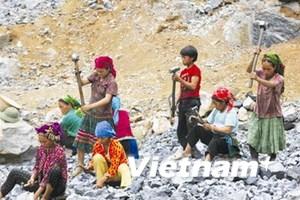 Đối thoại cuối tuần ngày 14/6/2014: Cần phải làm gì để bảo vệ trẻ em và xóa bỏ lao động trẻ em