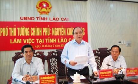 Thời sự đêm ngày 13/7/2014: Phó thủ tướng Nguyễn Xuân Phúc làm việc tại tỉnh Lào Cai bàn giải pháp phát triển kinh tế xã hội