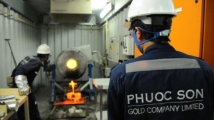 Thời sự sáng ngày 24/8/2014: Bộ Tài chính khẳng định không gia hạn nộp thuế cho hai công ty vàng Phước Sơn và Bồng Miêu ở Quảng Nam