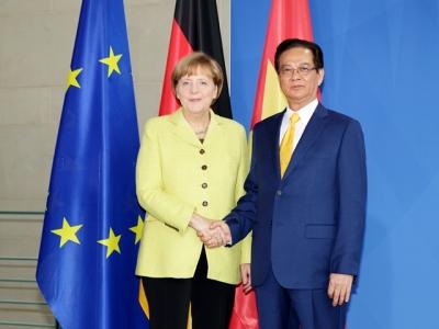 Thời sự đêm ngày 15/10/2014: Thủ tướng Đức Angela Merkel và Thủ tướng Nguyễn Tấn Dũng hội đàm nhằm thúc đẩy mạnh mẽ quan hệ đối tác chiến lược giữa 2 nước đi vào chiều sâu, thiết thực và hiệu quả