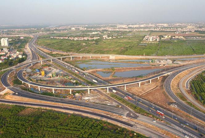 Chiều nay, chính thức thông xe toàn tuyến cao tốc Hà Nội - Hải Phòng. (Thời sự chiều 05/12/2015)