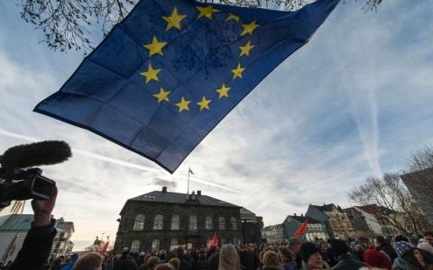 Iceland chia rẽ về việc gia nhập Liên minh châu Âu