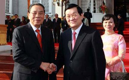 Thắt chặt tình hữu nghị đặc biệt Việt-Lào