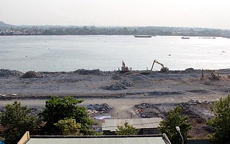 Thời sự sáng ngày 25/3/2015: Lần đầu tiên lãnh đạo tỉnh Đồng Nai lên tiếng khẳng định, lấn sông Đồng Nai làm khu đô thị là bình thường