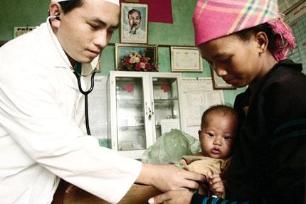 Bạn bè với Việt Nam ngày 26/3/2015: Chăm sóc sức khỏe sinh sản cho phụ nữ vùng sâu vùng xa - Những thay đổi sau một sự án
