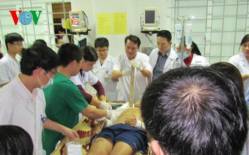 Thời sự trưa ngày 29/3/2015: Hỗ trợ cho nạn nhân tử vong trong vụ sập giàn giáo tại khu công nghiệp Vũng Áng, Hà Tĩnh mỗi người 400 triệu đồng.