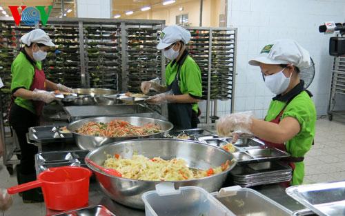 Từ thực phẩm bẩn - sự khủng hoảng niềm tin của người tiêu dùng - Nghĩ về phát triển nông nghiệp sạch.