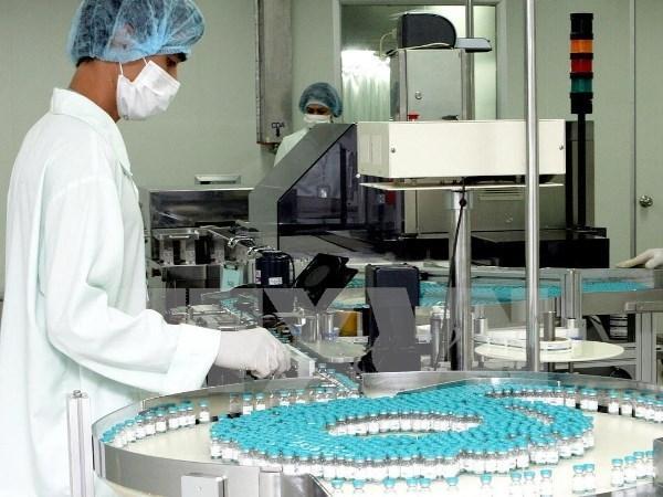 Thời sự chiều ngày 18/4/2015: Theo đánh giá của Tổ chức y tế thế giới: Hệ thống quản lý quốc gia về vắcxin của Việt Nam đã đạt tiêu chuẩn quốc tế. Với kết quả này, vắcxin sản xuất tại Việt Nam có thể xuất khẩu sang các nước khác trên thế giới.
