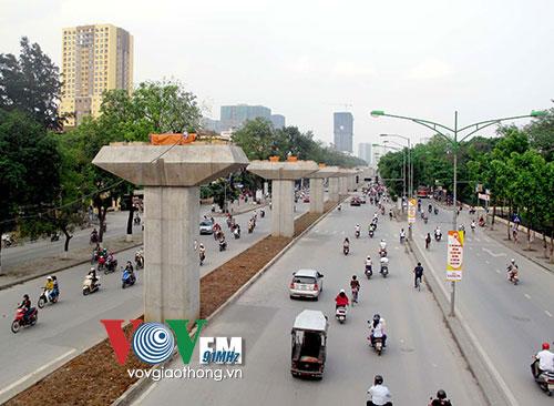 Thời sự đêm ngày 03/4/2015: Dự án đường sắt trên cao Cát Linh - Hà Đông tiếp tục chậm tiến độ đến tháng 3/2016 mới đưa vào sử dụng.
