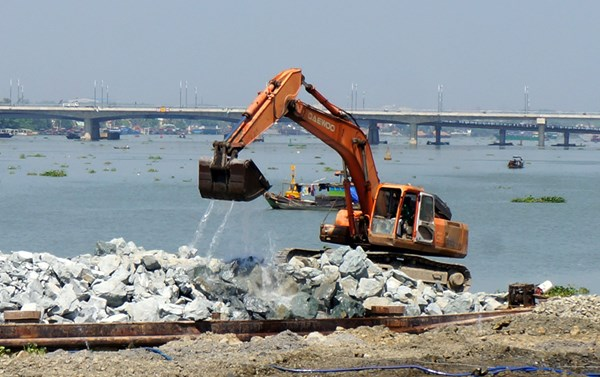 Dự án lấn sông Đồng Nai: không nên tạo tiền lệ nguy hiểm!