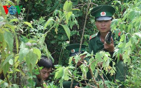 Biên giới xanh ngày 19/5/2015: Bộ đội biên phòng học tập làm theo tấm gương đạo đức Hồ Chí Minh.