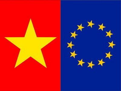 Bạn bè với Việt Nam ngày 04/5/2015: Hiệp định Thương mại tự do Việt Nam-Liên minh châu Âu: Cơ hội và thách thức đối với Việt Nam.