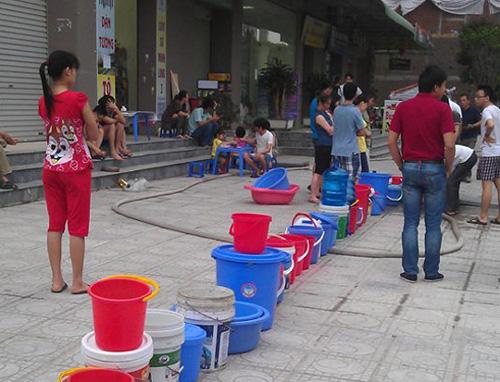 Điểm hẹn 17h ngày 06/5/2015: Hà Nội được dự báo có nguy cơ thiếu nước cục bộ trong mùa hè này.