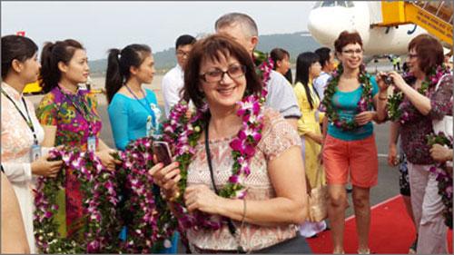 Chính sách kích cầu du lịch Việt Nam qua việc miễn thị thực cho du khách. (Thức cùng sự kiện ngày 15/6/2015)