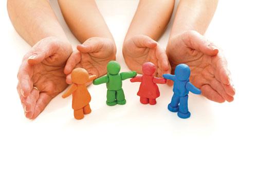 Quá bao bọc con –  có phải bệnh của phụ huynh thời hiện đại? (Điểm hẹn 17h ngày 13/7/2015)