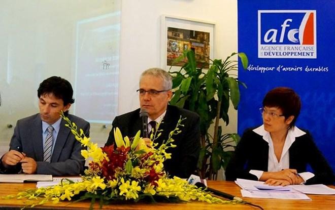Cơ quan Phát triển Pháp hỗ trợ Việt Nam ứng phó với biến đổi khí hậu. (Bạn bè với Việt Nam ngày 20/7/2015)
