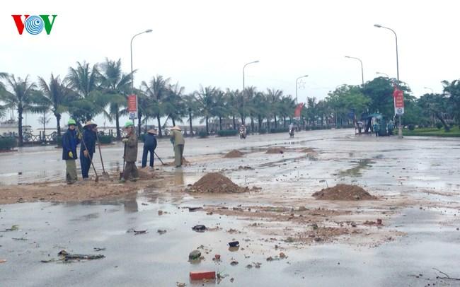 Khẩn trương khắc phục hậu quả mưa lũ gây thiệt hại nặng nề ở Quảng Ninh. (Việt Nam trong tuần ngày 01/8/2015)