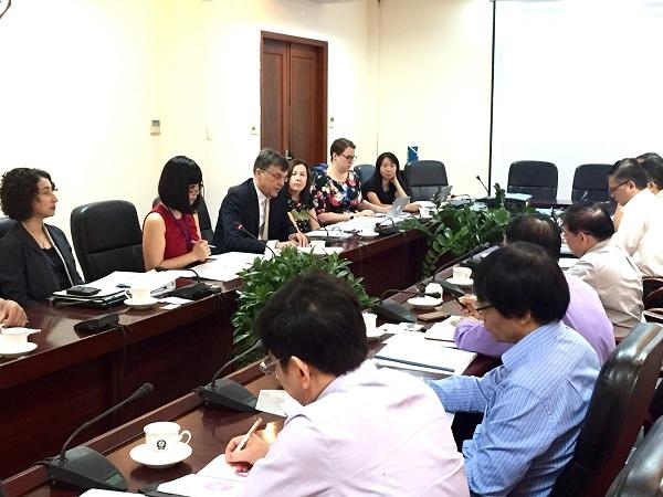 Australia hỗ trợ Việt Nam trong việc thực hiện khung trình độ quốc gia. (Bạn bè với Việt Nam ngày 03/8/2015)