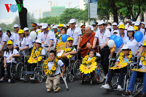 Để người khuyết tật hòa nhập cộng đồng cần sự chung tay của toàn xã hội (Quốc hội với cử tri ngày 10/8/2015)