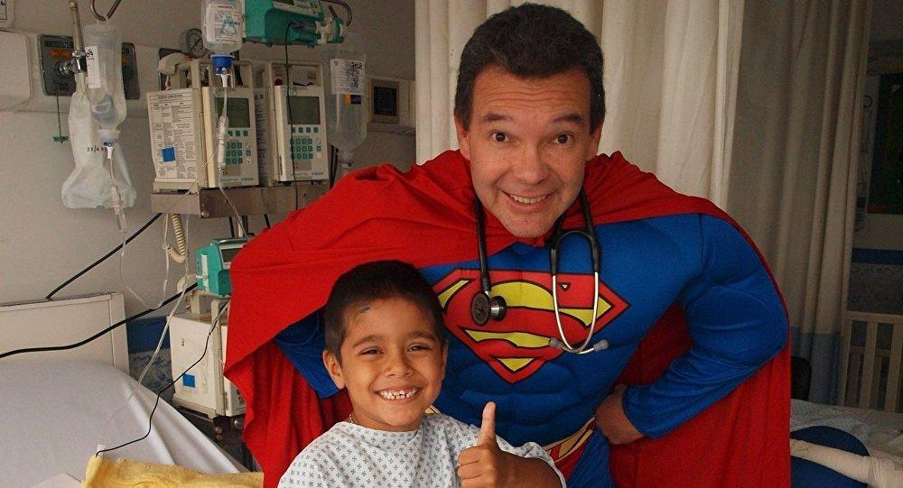 Bác sỹ siêu nhân của trẻ em Mexico (05/10/2016)