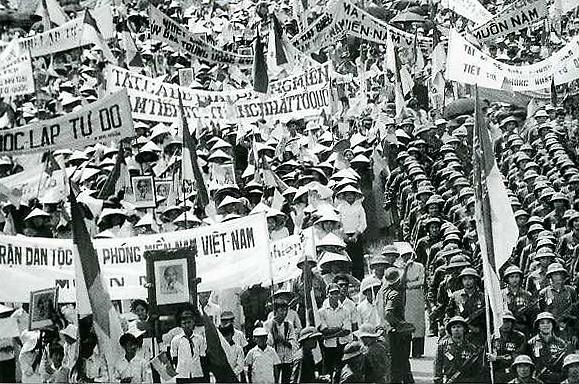 Chia sẻ của phát thanh viên Đài phát thanh giải phóng Trung ương cục miền Nam – Nguyễn Hữu Châu về những kỷ niệm gắn với sự kiện lịch sử ngày giải phóng miền Nam (29/4/2016)
