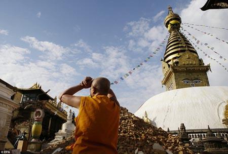 Nepal bắt đầu phục hồi các di sản văn hóa sau một năm xảy ra trận động đất kinh hoàng (01/5/2016)