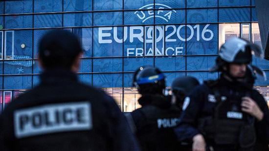 Pháp đối mặt với nguy cơ khủng bố trước thềm EURO (7/6/2016)