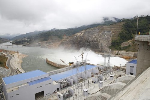 Tổ máy số 2 nhà máy thủy điện Lai Châu, công suất 400MW chính thức phát điện để hòa lưới điện quốc gia, kịp thời đáp ứng nhu cầu thiếu điện trong mùa hè năm nay (Thời sự đêm 20/6/2016)