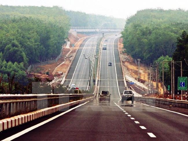 Nhật Bản khẳng định sẽ tiếp tục hỗ trợ Việt Nam xây dựng cơ sở hạ tầng thông qua viện trợ phát triển chính thức ODA đến năm 2030 (Thời sự sáng 24/7/2016)