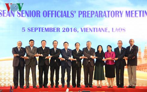 Hội nghị Cấp cao ASEAN lần thứ 28-29: Đưa tầm nhìn thành hiện thực vì một Cộng đồng ASEAN năng động (7/9/2016)