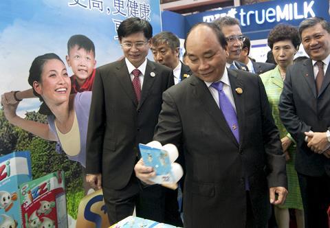 Các hoạt động của Thủ tướng Nguyễn Xuân Phúc trong chuyến thăm chính thức Trung Quốc (Thời sự sáng 13/9/2016)