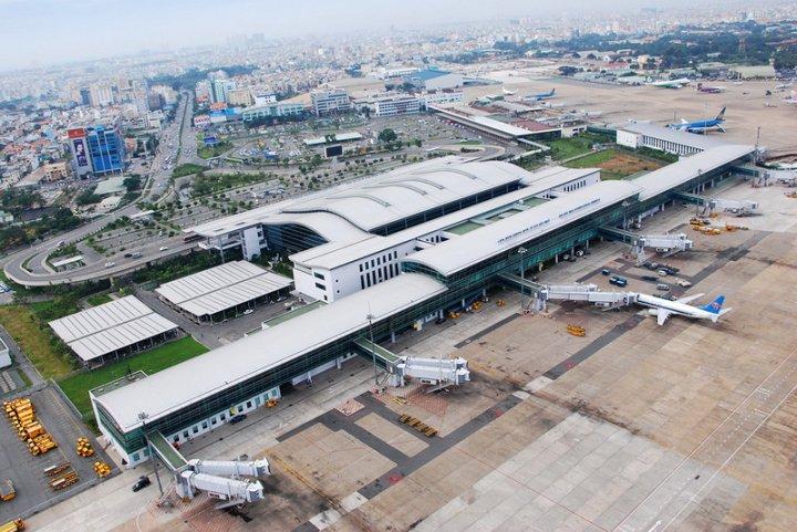 Theo dự kiến, ngày mai, Bộ Quốc phòng sẽ bàn giao 21 hécta đất trong Cảng Hàng không quốc tế Tân Sơn Nhất để mở rộng sân bay (Thời sự đêm 24/1/2017)