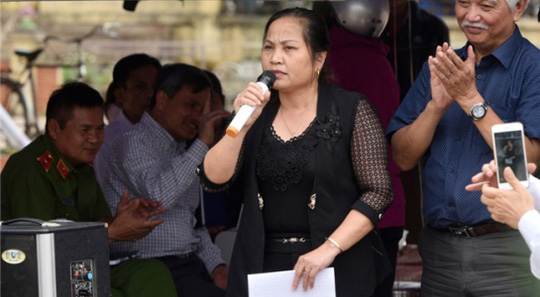 Nhiều cán bộ lãnh đạo xã Đồng Tâm, huyện Mỹ Đức, Hà Nội bị kỷ luật Đảng do buông lỏng công tác lãnh đạo, chỉ đạo  (Thời sự đêm 21/10/2017)